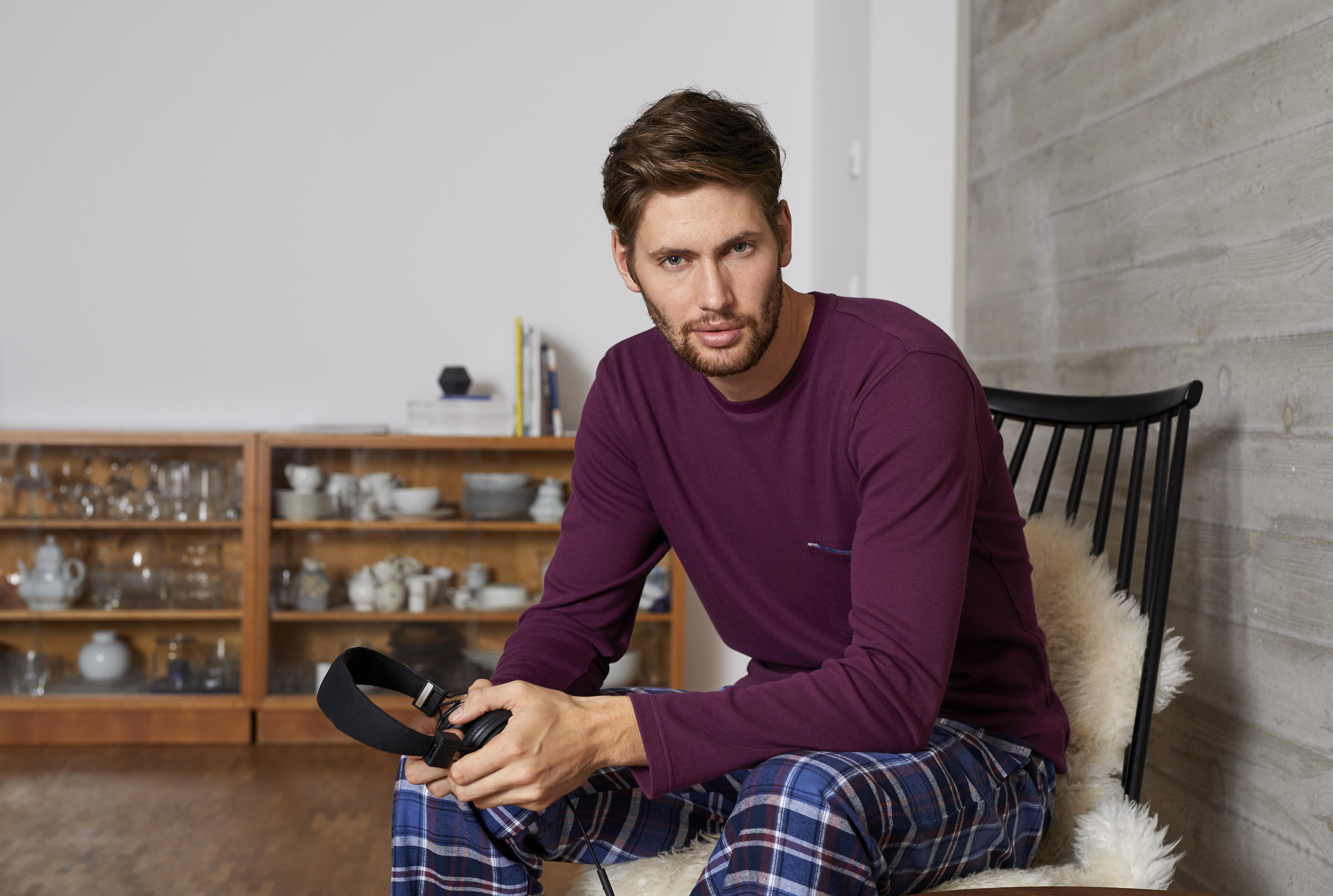 8541222-pyjama_ringella_men_image